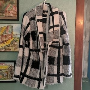Comfy soft black and white sweater